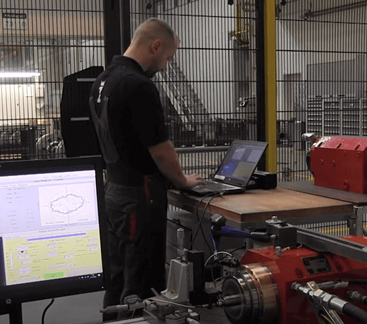 Run-out measurement of ZOLLERN hydrostatic spindle